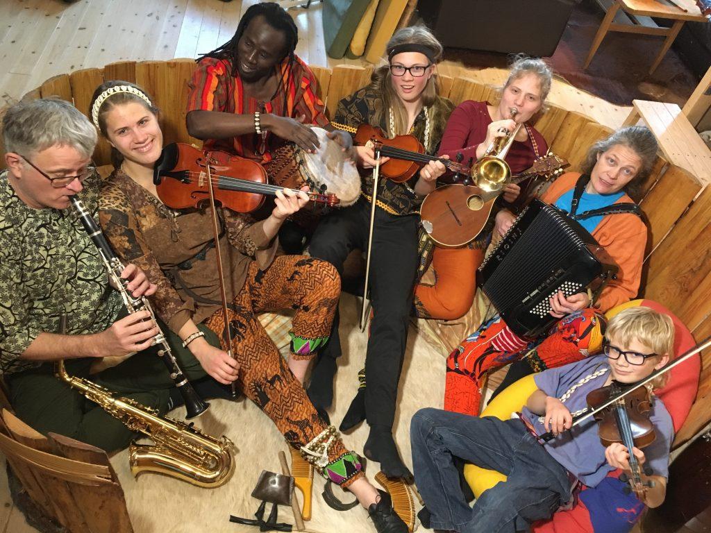 M-Tafsiri Africa Band pressefoto